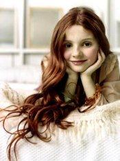 http://www.edwardsmeadow.com/Renesmee.jpg
